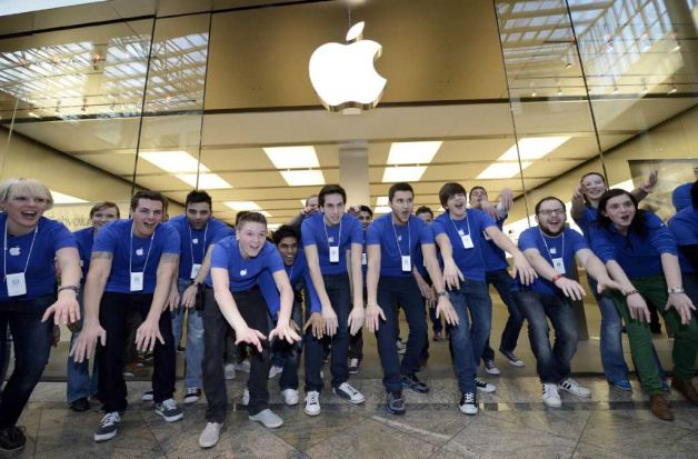 Apple Employees Get Great Discounts.  Got Any Openings?